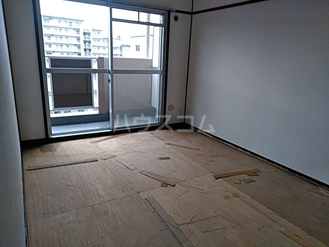 第2みなせハイツ 303号室の居室