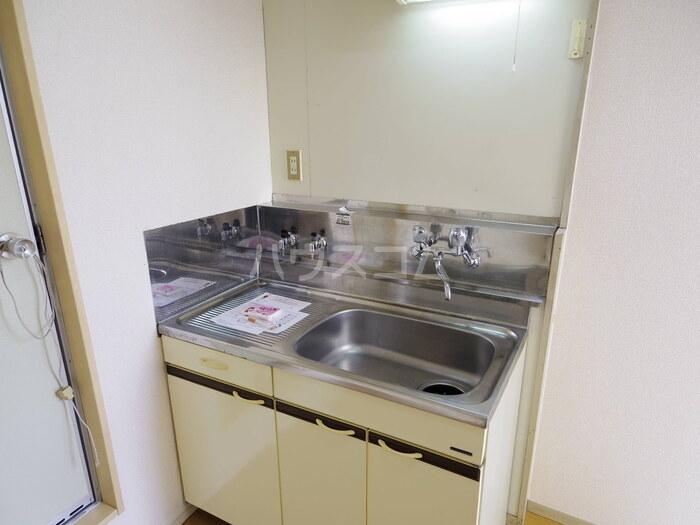 フルハウス 101号室のキッチン