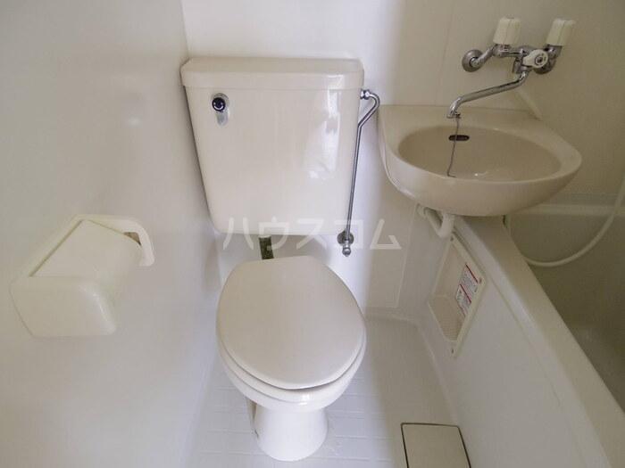 フルハウス 101号室のトイレ