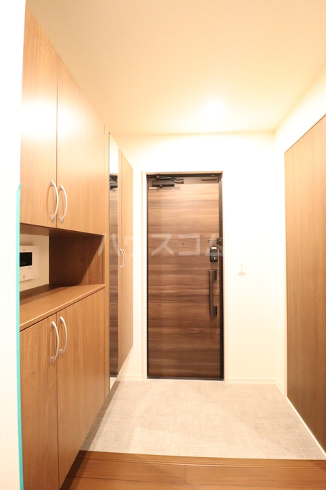 フォルトゥーナ 305号室の玄関