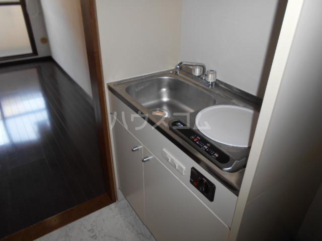 タートルストーンビル 107号室のキッチン