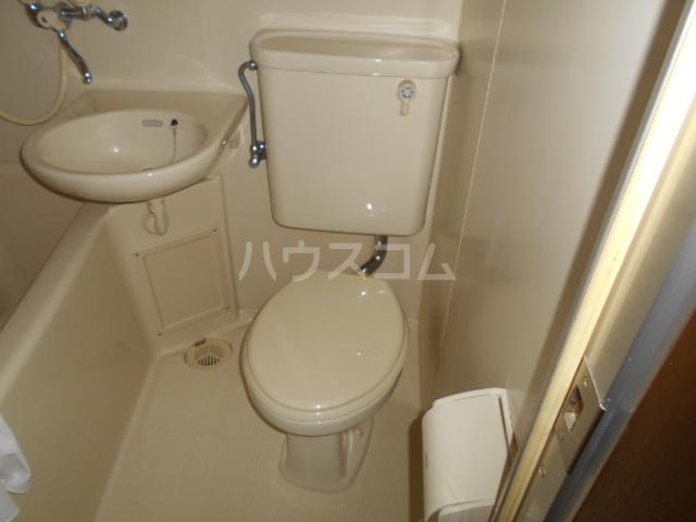 タートルストーンビル 107号室のトイレ