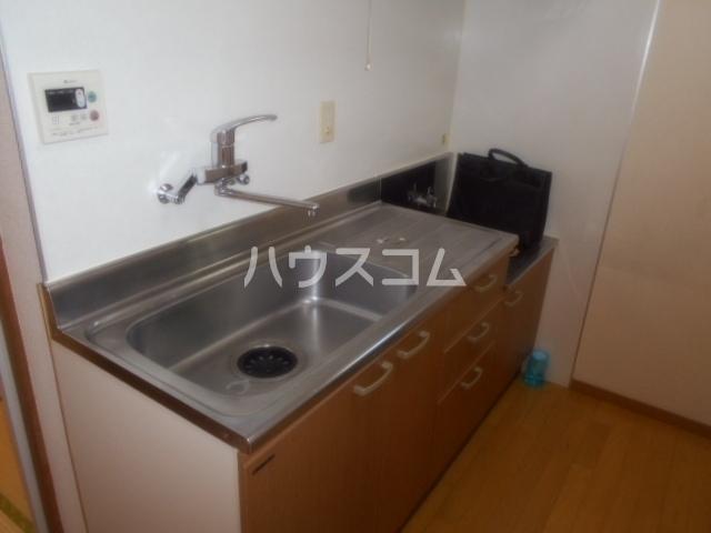 山口ホーム矢部 101号室のキッチン