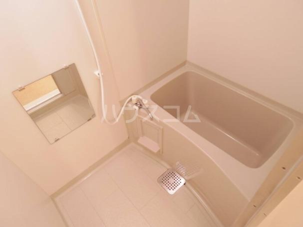 セジュールT 305号室の風呂