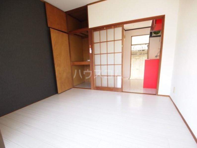 ベイルーム下倉田 2C号室のベッドルーム