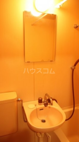 ベイルーム下倉田 2C号室の洗面所