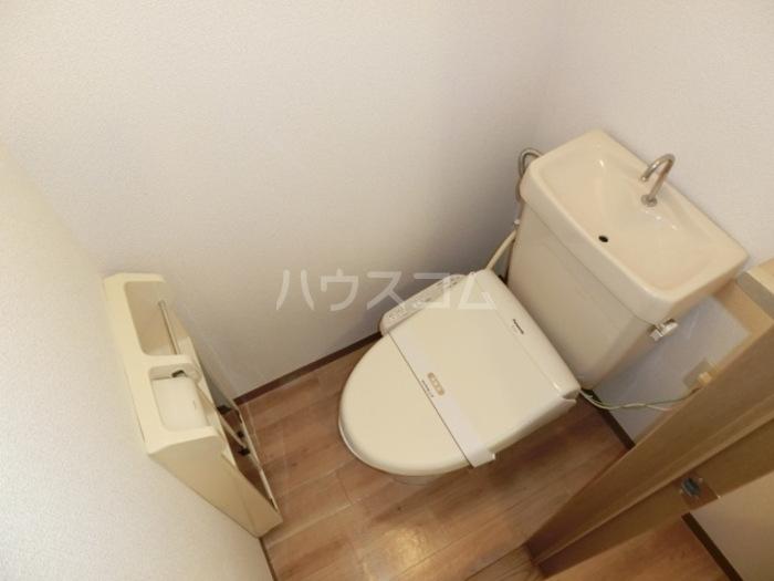 スカイハイツC 103号室のトイレ