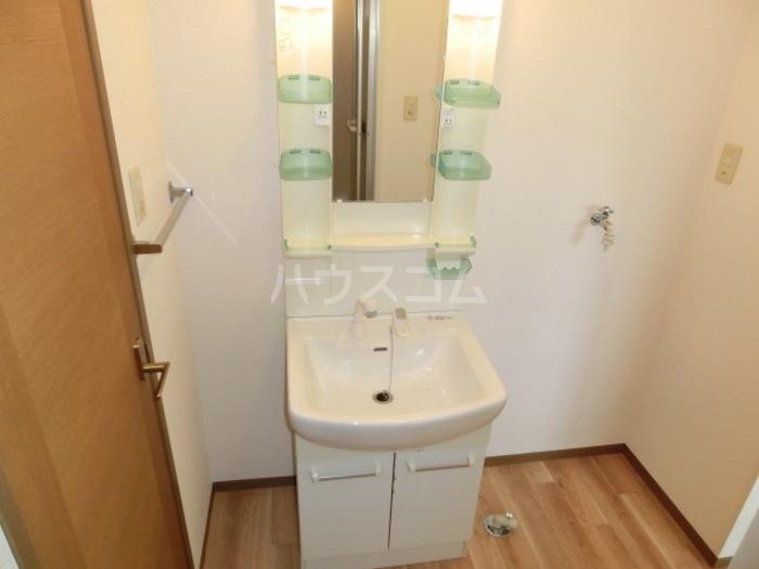 スカイハイツC 103号室の洗面所