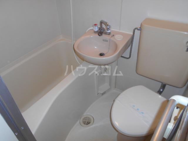 ガーデンヒルズ横浜 107号室の風呂