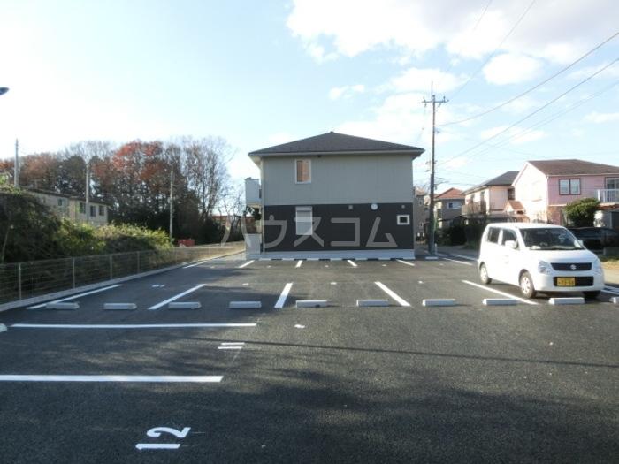 ラ・フォルテ 101号室の駐車場