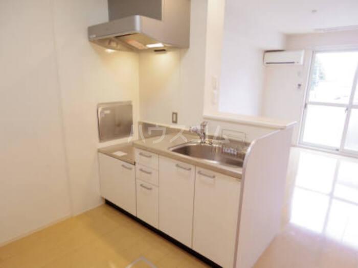 イル・セレーノ 102号室のキッチン