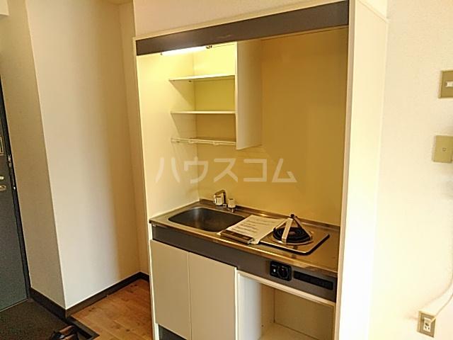 プレアール南春日丘 202号室のキッチン