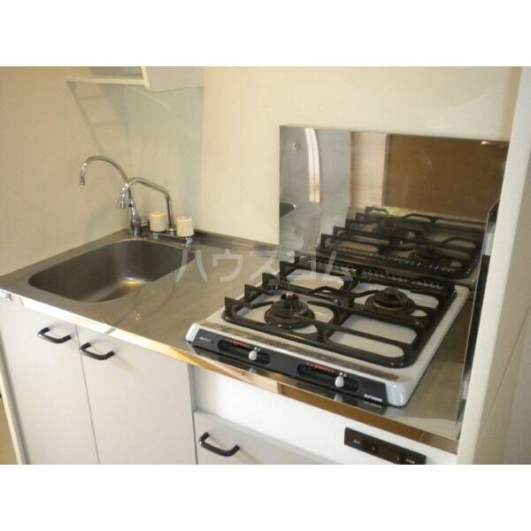 アムール英 204号室のキッチン