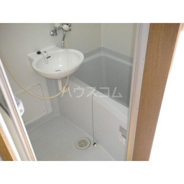 アムール英 204号室の風呂