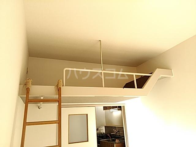 コナビック西塚 Ⅱ 2F号室のリビング