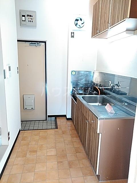 コナビック西塚 Ⅱ 2F号室のキッチン