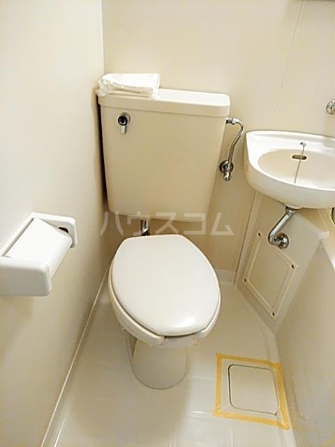 コナビック西塚 Ⅱ 2F号室のトイレ
