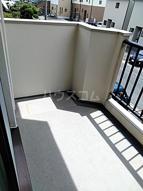 コナビック西塚 Ⅱ 2G号室のバルコニー