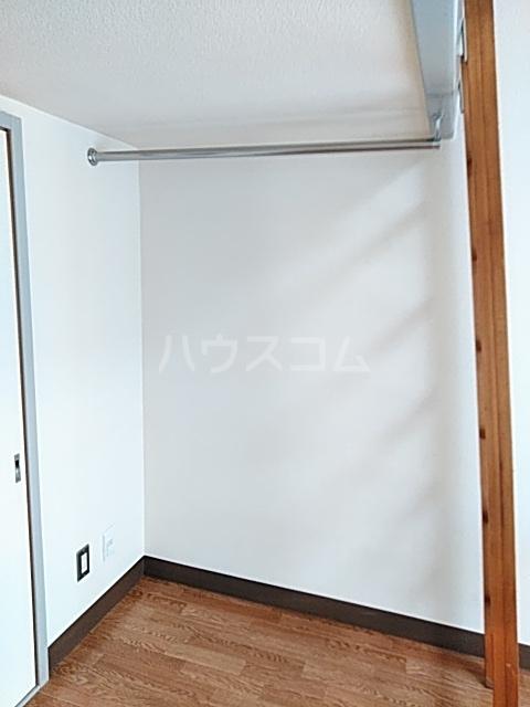 コナビック西塚 Ⅱ 2G号室の収納