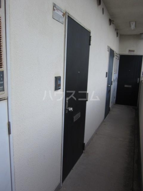 サンシャイン尾頭橋 802号室の玄関