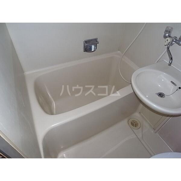 サンシャイン尾頭橋 803号室の風呂