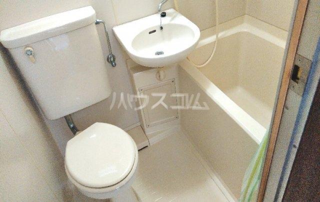 ハイツ柳 201号室の風呂