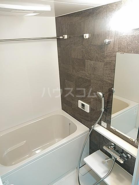 ムーンリバー大橋 403号室の風呂