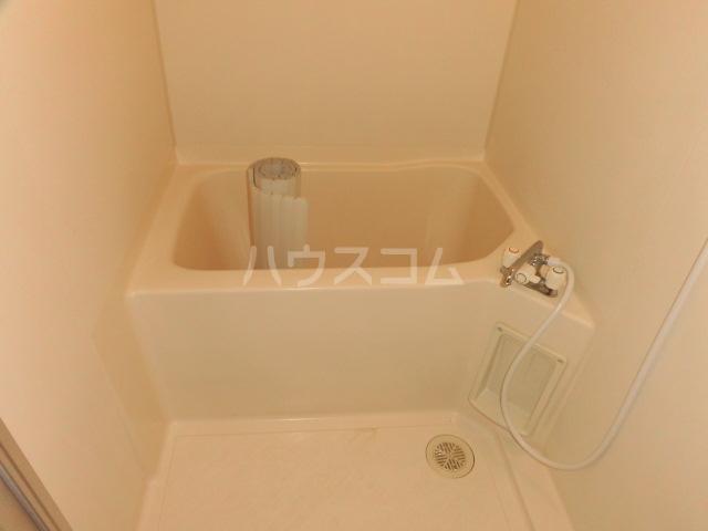 ブランシェ大井手 4C号室の風呂