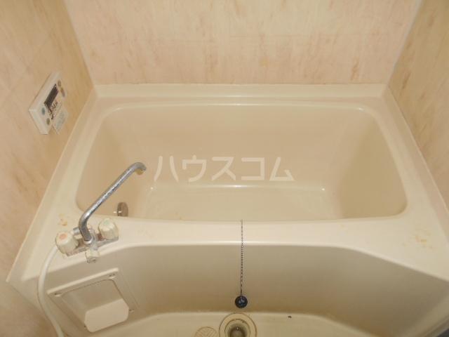ル・モンド 101号室の風呂