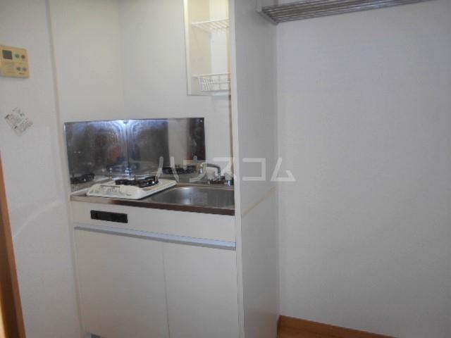 グランノエル 102号室のキッチン