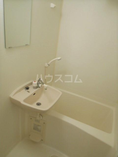 グランノエル 102号室の風呂