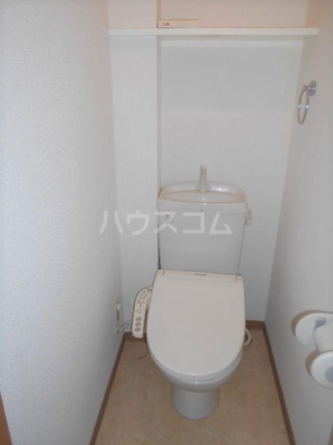 グランノエル 102号室のトイレ