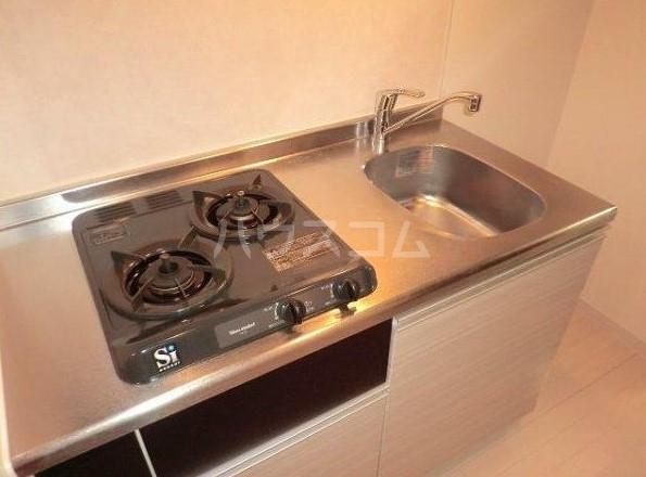 フェニックス横濱関内BAYMARKS 512号室のキッチン