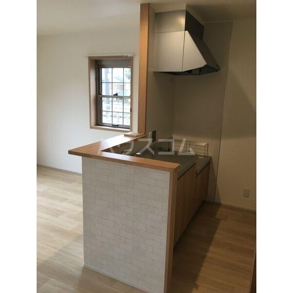 グランルーチェA 102号室のキッチン