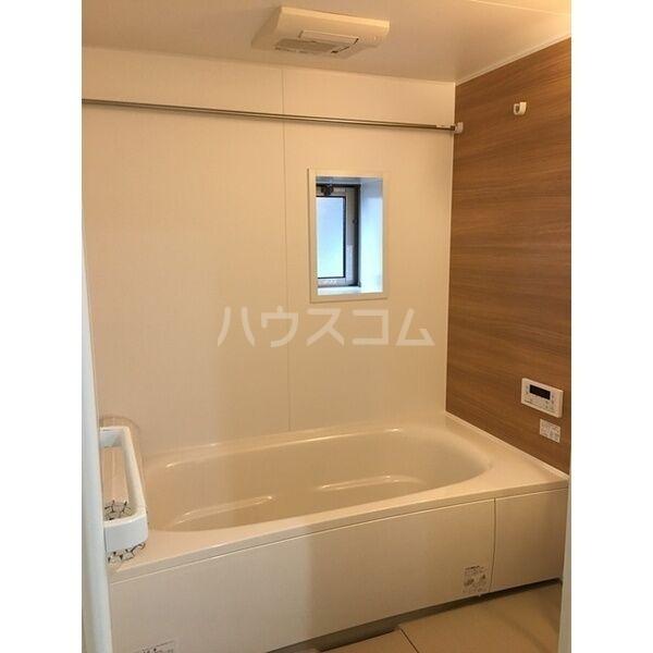 グランルーチェA 102号室の風呂