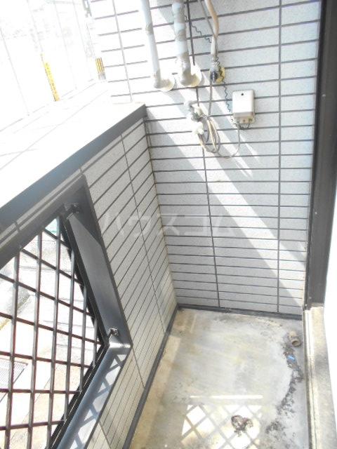 大橋メゾンBMⅢーA 101号室のバルコニー