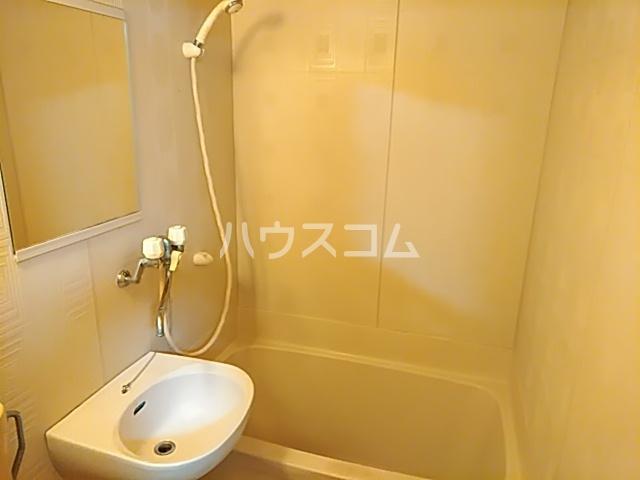 プランドール茨木 305号室の風呂
