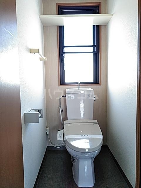 ベルフォレスト 302号室のトイレ