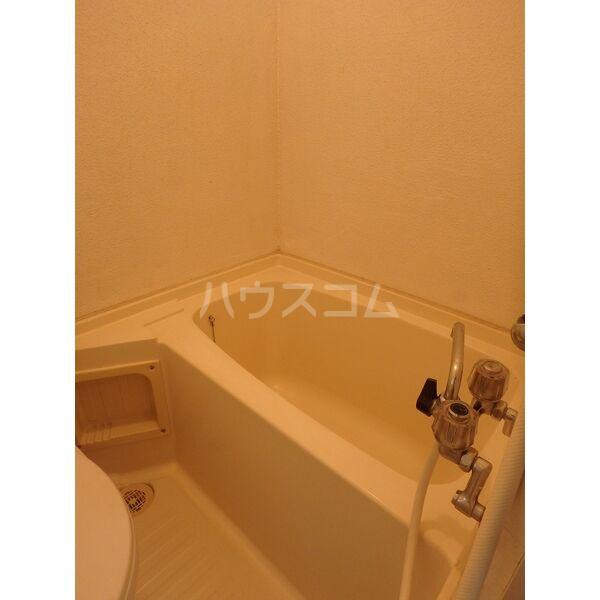 メゾン三宅 202号室の風呂