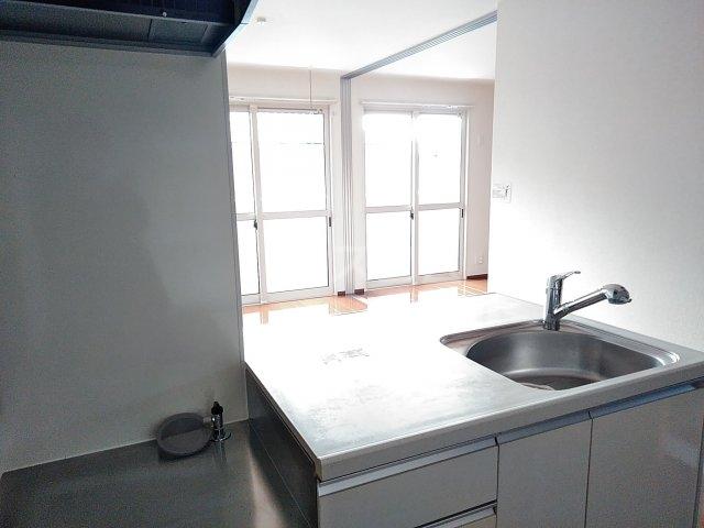 ファセリア B 202号室のキッチン