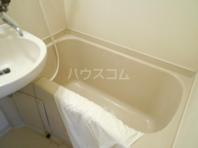 東菱八幡町マンション 501号室の風呂