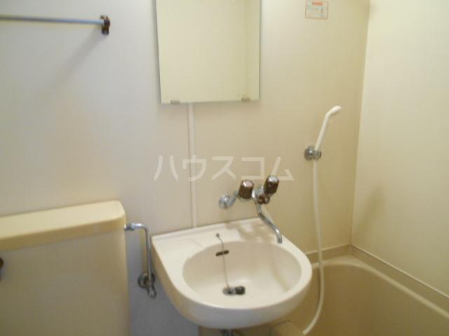 東菱八幡町マンション 501号室の洗面所