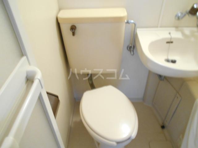 東菱八幡町マンション 501号室のトイレ