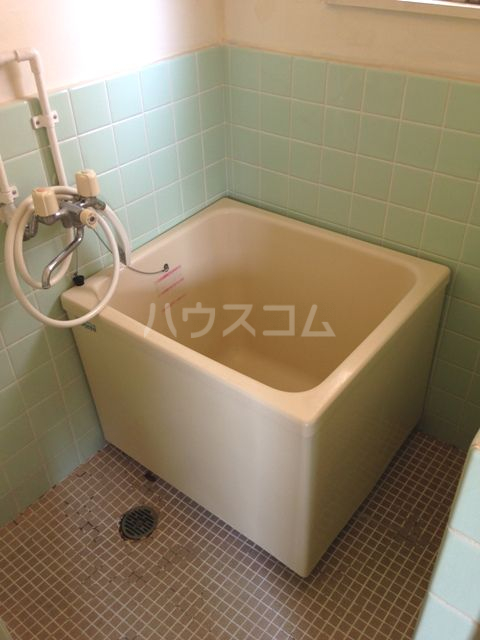 ベイサイド花みずき 602号室の風呂