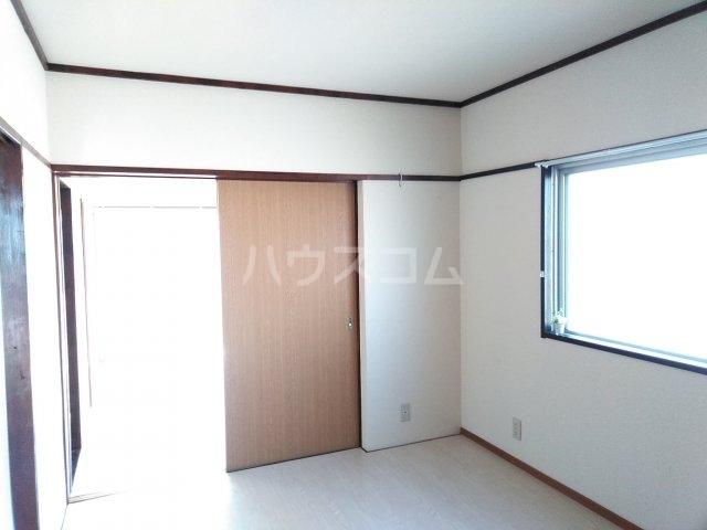 サニーヒルマンション 404号室の居室
