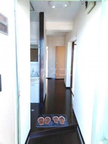 サニーヒルマンション 404号室の玄関