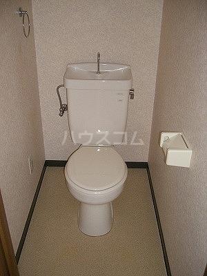 シャルマン 102号室のトイレ