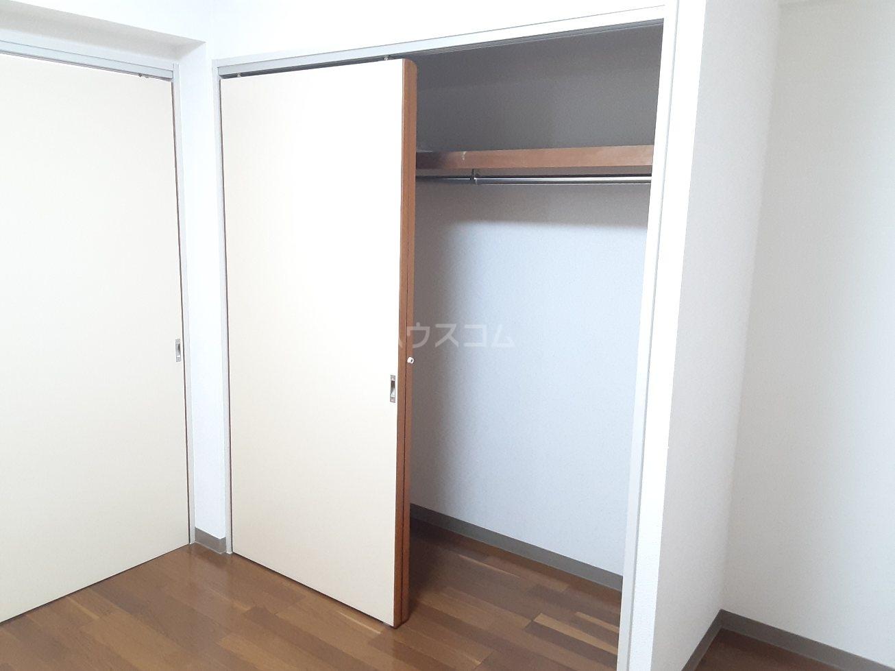 リヴァージュ北島 101号室のトイレ