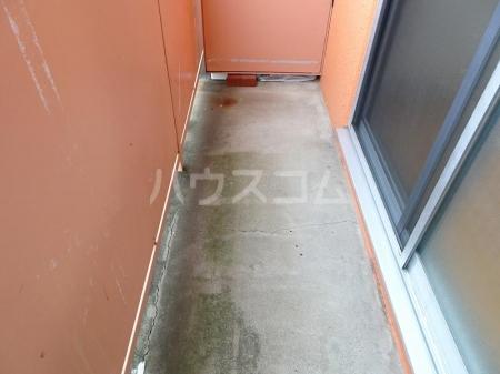 プレリ西大島 207号室のバルコニー