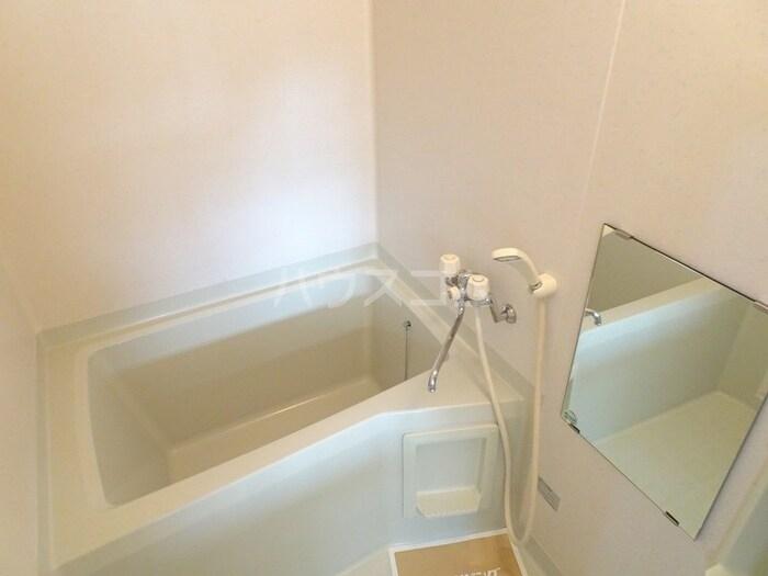 ローズヒルズマミ 205号室の風呂